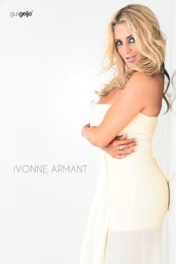La actriz mexicana Ivonne Armant